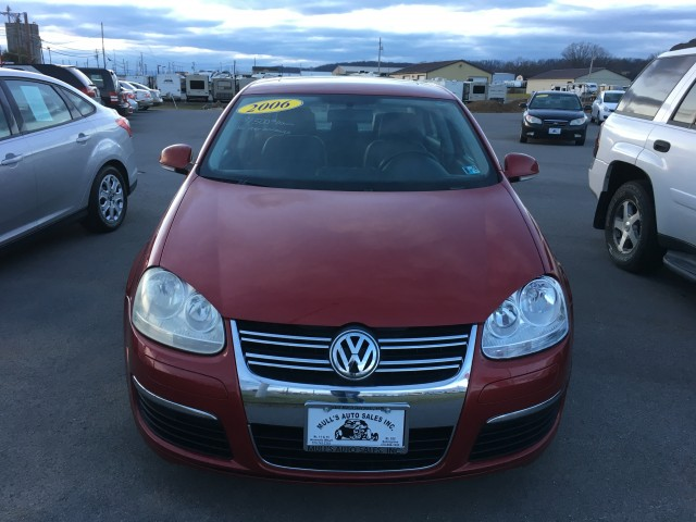 2006 Volkswagen Jetta TDI for sale at Mull's Auto Sales