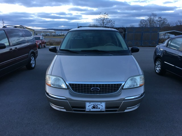 2003 Ford Windstar SE for sale at Mull's Auto Sales