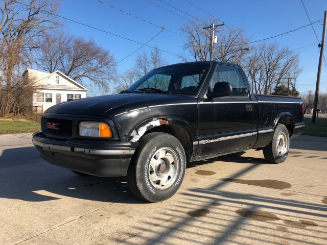 1996 GMC Sonoma SL Reg. Cab Short Bed 2WD for sale at WWW Boat Services