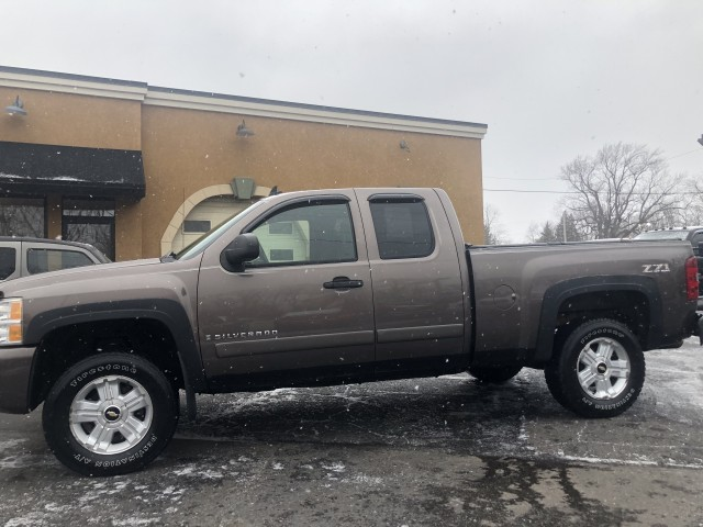 2007 CHEVROLET SILVERADO 1500  for sale at Action Motors