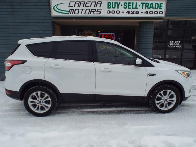 2017 FORD ESCAPE SE for sale at Carena Motors