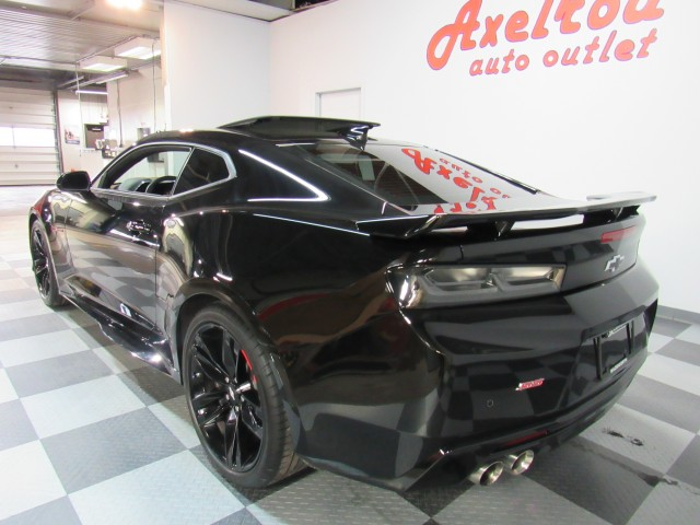 2018 Chevrolet Camaro 2SS Coupe 8A in Cleveland