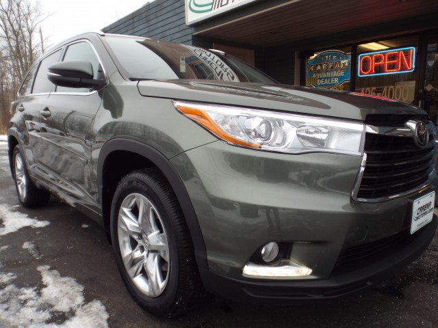 2014 TOYOTA HIGHLANDER LIMITED PLATINUM for sale at Carena Motors