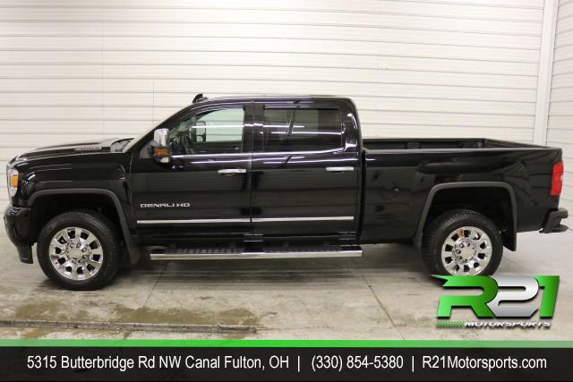 2017 GMC SIERRA 2500HD DENALI CREW CAB - 4WD - SO NICE THE BOSS IS DRIVING IT! for sale at R21 Motorsports