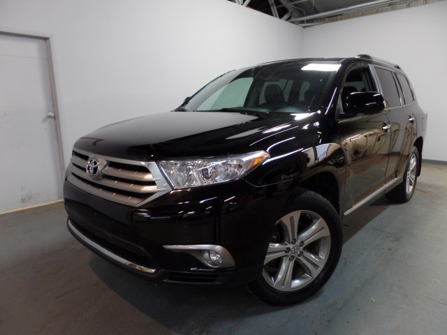 2013 toyota highlander limited 4wd for sale at axelrod auto outlet view other sport utility. Black Bedroom Furniture Sets. Home Design Ideas