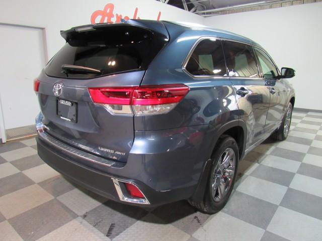 2019 Toyota Highlander Limited Platinum AWD V6 in Cleveland