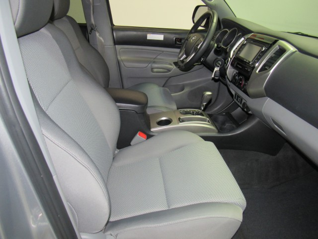 2015 Toyota Tacoma Double Cab V6 5AT 4WD in Cleveland