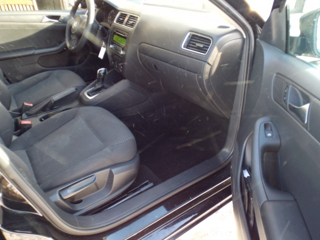 2013 VOLKSWAGEN JETTA BASE for sale at Carena Motors