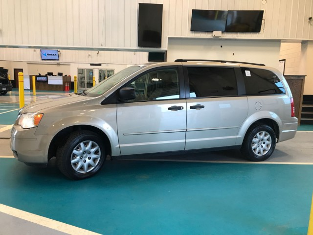 2008 CHRYSLER TOWN & COUNTRY LX for sale at Xtreme Auto Group