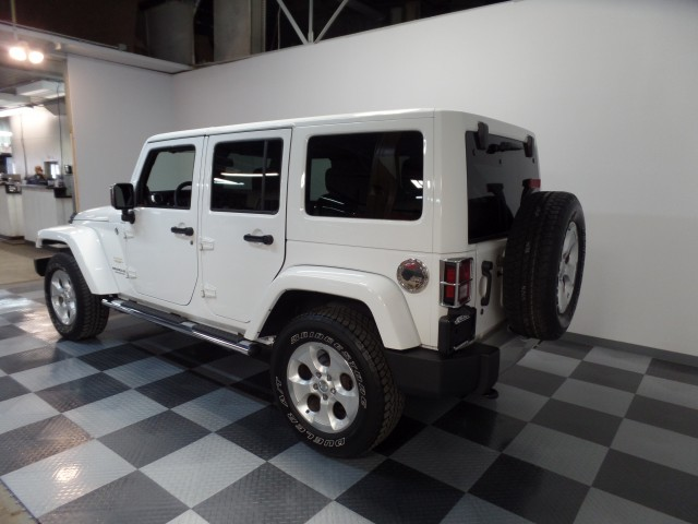 2013 Jeep Wrangler Unlimited Sahara 4WD in Cleveland