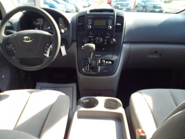 2011 KIA SEDONA LX for sale at Carena Motors
