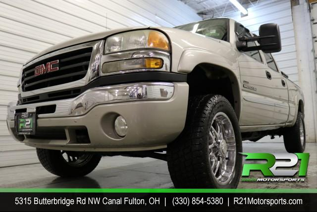 2001 CHEVY SILVERADO 2500HD LT - EXT CAB - 4WD - 6.0L 3/4 TON GAS TRUCK! for sale at R21 Motorsports