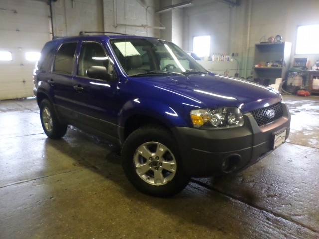 2006 FORD ESCAPE XLT for sale at Action Motors