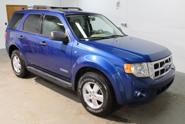 2008 FORD ESCAPE XLT for sale | Used Cars Twinsburg | Carena Motors