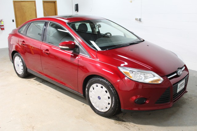 2013 FORD FOCUS SE for sale | Used Cars Twinsburg | Carena Motors