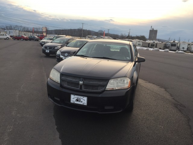 2008 Dodge Avenger SE for sale at Mull's Auto Sales