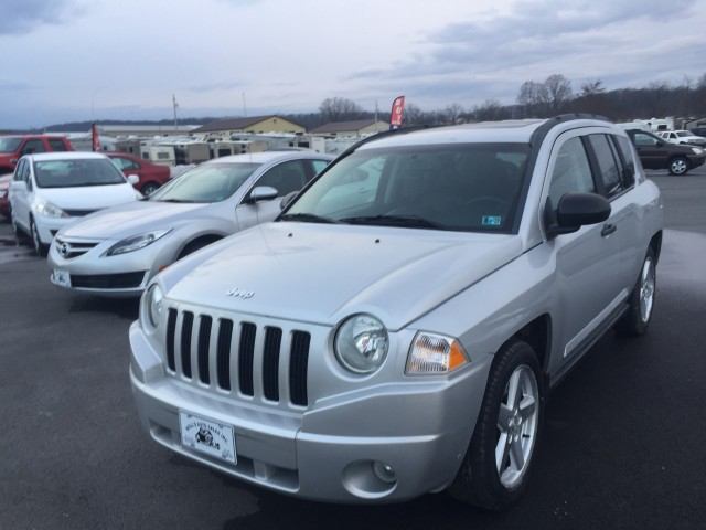 2009 Jeep Compass Limited 4WD for sale at Mull's Auto Sales