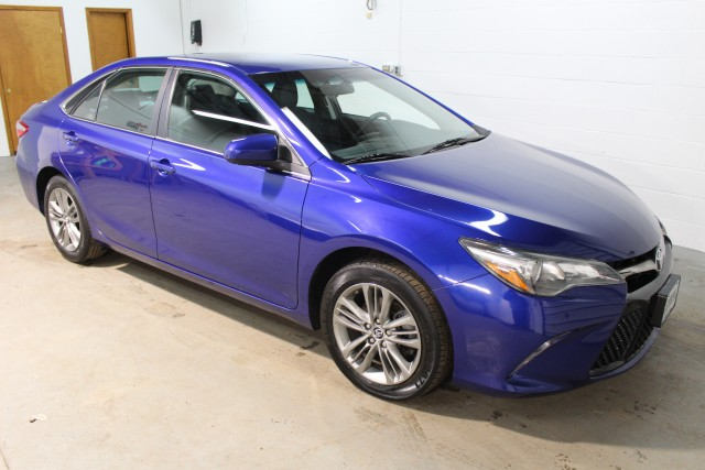 2015 TOYOTA CAMRY SE for sale | Used Cars Twinsburg | Carena Motors