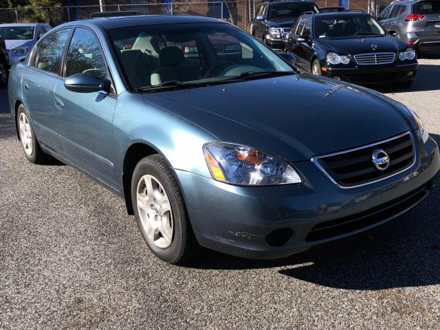 2002 NISSAN ALTIMA BASE