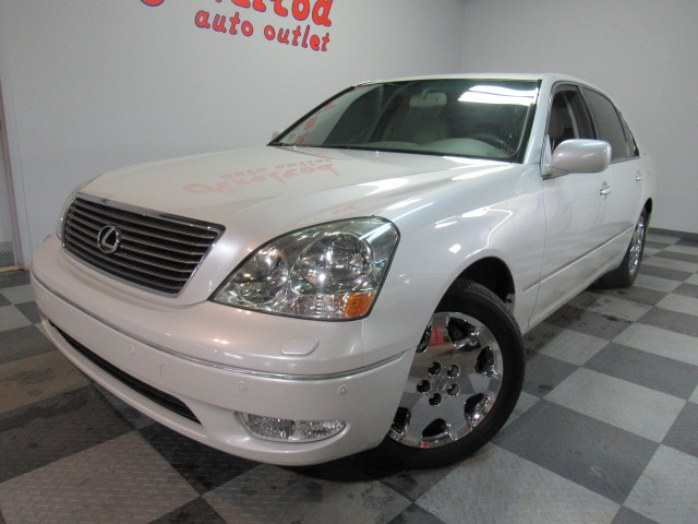 2001 Lexus LS 430 Sedan in Cleveland