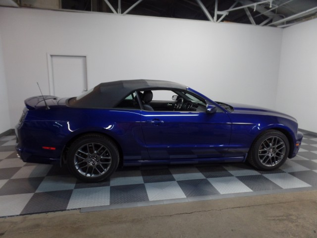 2014 Ford Mustang V6 Convertible in Cleveland