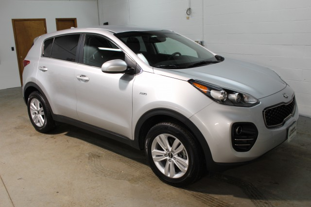 2017 KIA SPORTAGE LX for sale | Used Cars Twinsburg | Carena Motors