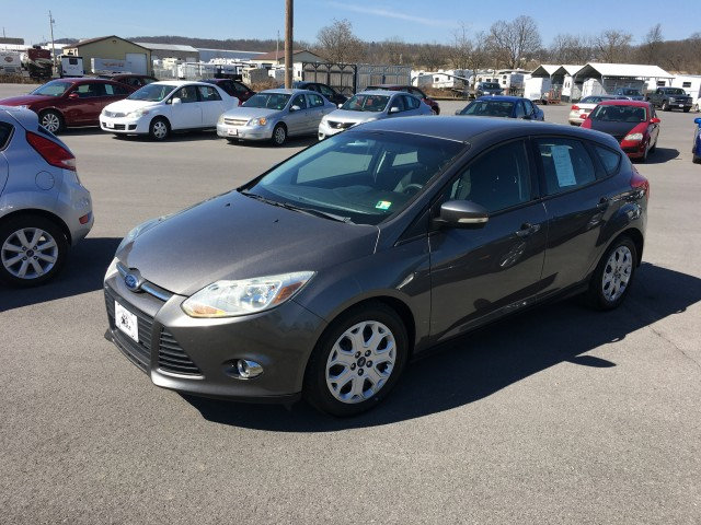 2012 Ford Focus SE for sale at Mull's Auto Sales