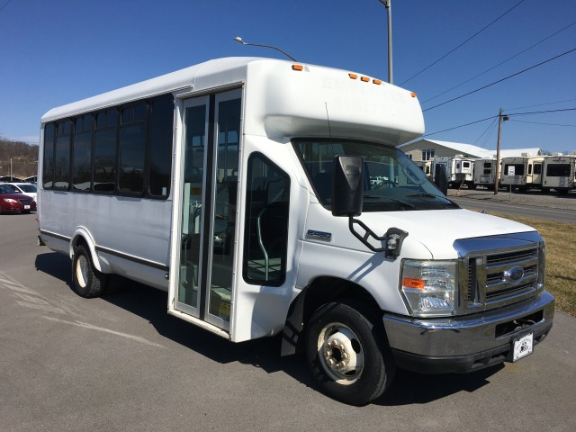 2008 Ford Econoline E-350 Super Duty for sale at Mull's Auto Sales