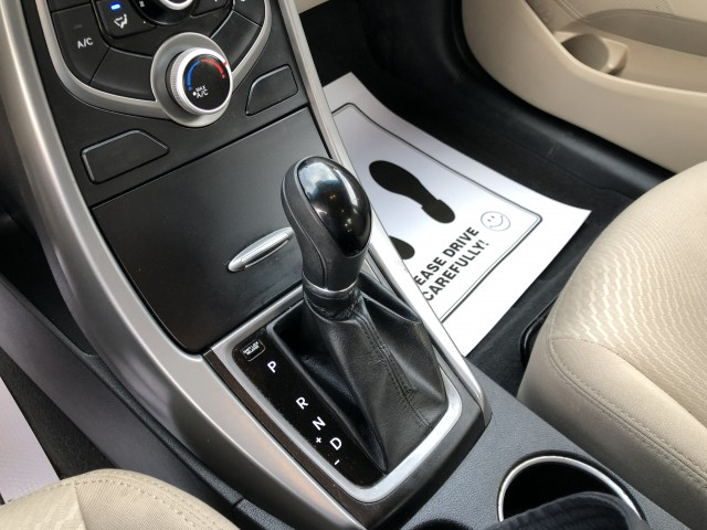 2016 Hyundai Elantra SE for sale at Summit Auto Sales
