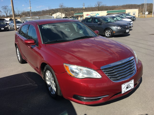 2013 Chrysler 200 Touring for sale at Mull's Auto Sales