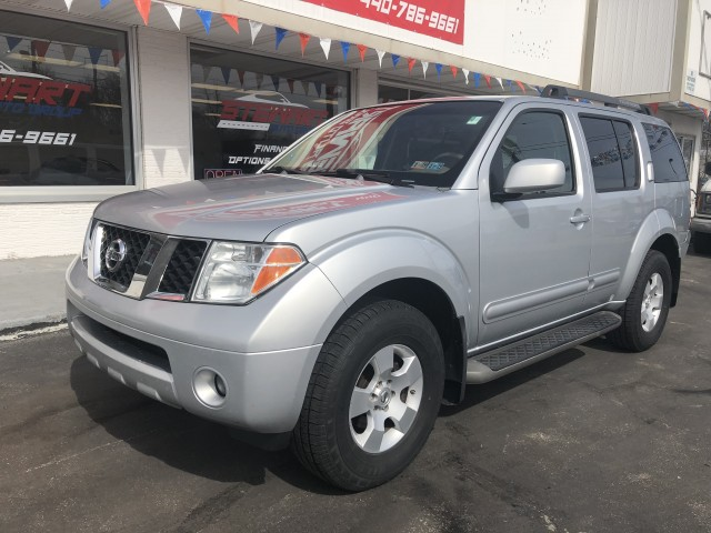 2007 NISSAN PATHFINDER LE for sale at Stewart Auto Group