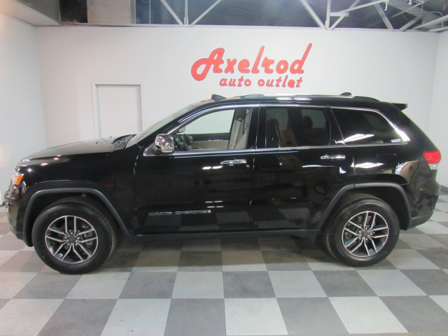 2019 Jeep Grand Cherokee Limited 4WD in Cleveland