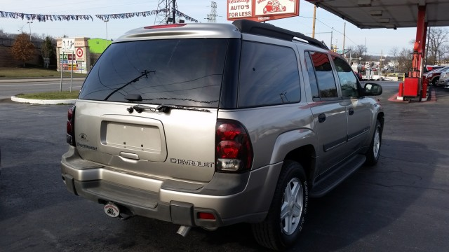 2002 Chevrolet TrailBlazer EXT LT 4WD for sale at Mull's Auto Sales