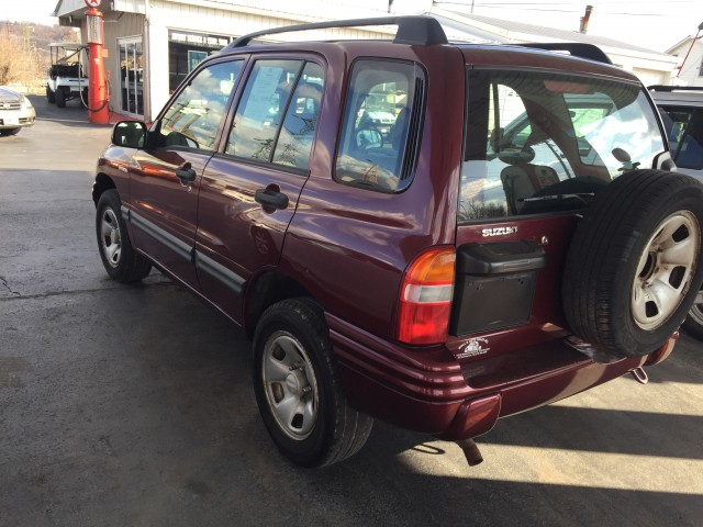 2003 Suzuki Vitara 4-Door 4WD for sale at Mull's Auto Sales