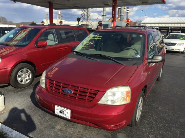 2005 Ford Freestar SE for sale at Mull's Auto Sales