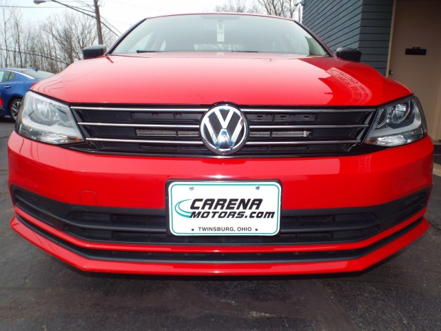 2015 VOLKSWAGEN JETTA SE for sale at Carena Motors