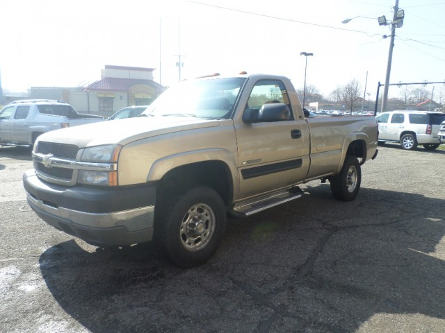 2004 CHEVROLET SILVERADO 2500  HEAVY DUTY for sale at Action Motors