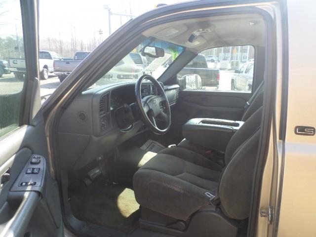 2004 CHEVROLET SILVERADO 2500  HEAVY DUTY for sale at Action Motors