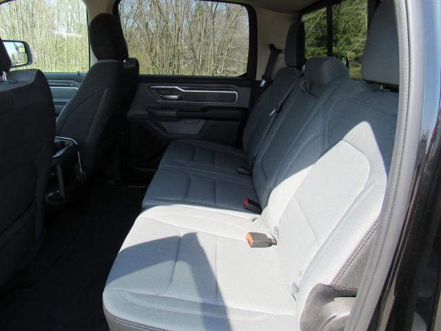 2019 RAM 1500 Big Horn Crew Cab SWB 4WD in Cleveland