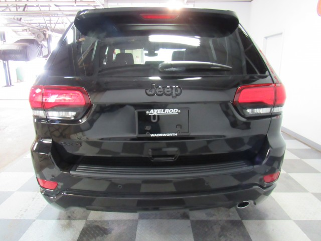 2020 Jeep Grand Cherokee Altitude 4WD in Cleveland