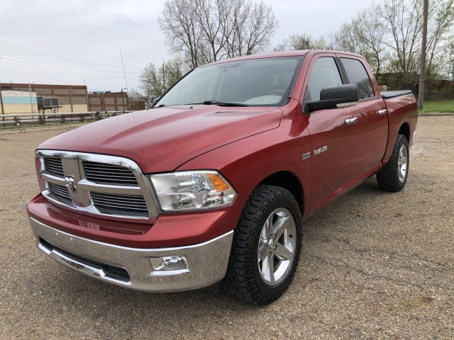 2009 Dodge Ram 1500 SLT Crew Cab 4WD for sale at Summit Auto Sales