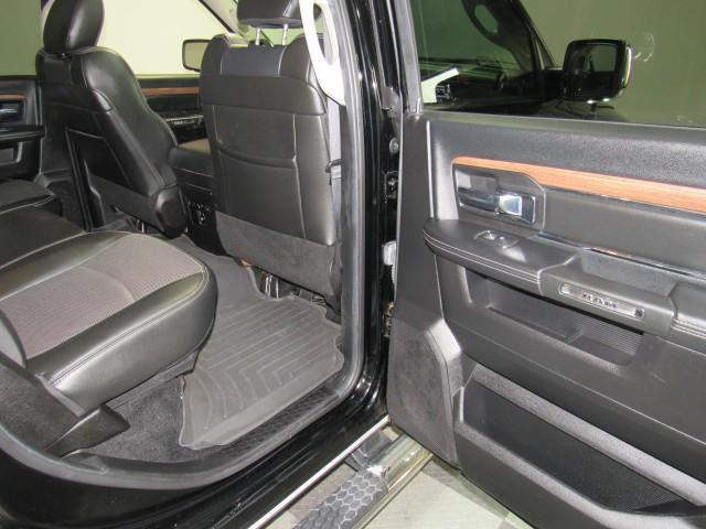 2014 RAM 1500 Laramie Crew Cab SWB 4WD in Cleveland