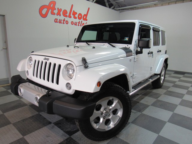 2014 Jeep Wrangler Unlimited Sahara 4WD in Cleveland