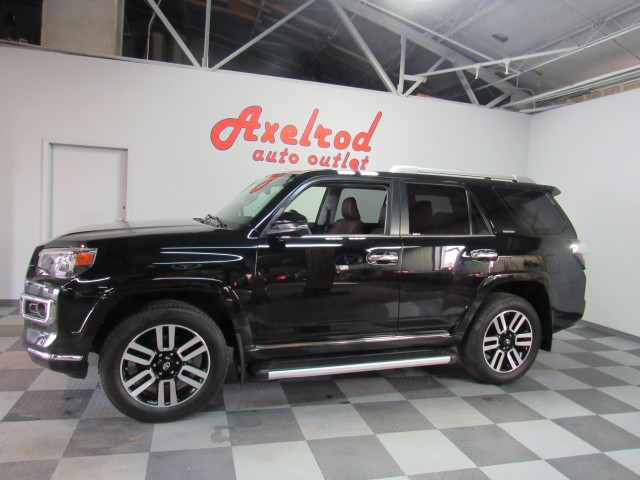 2017 Toyota 4Runner Limited AWD V6 in Cleveland