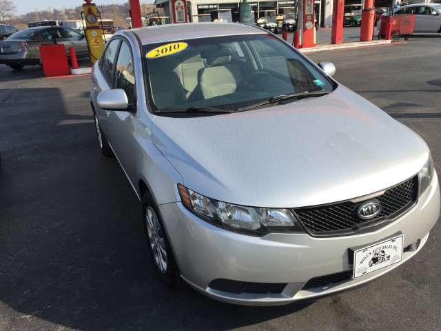 2010 Kia Forte LX for sale at Mull's Auto Sales