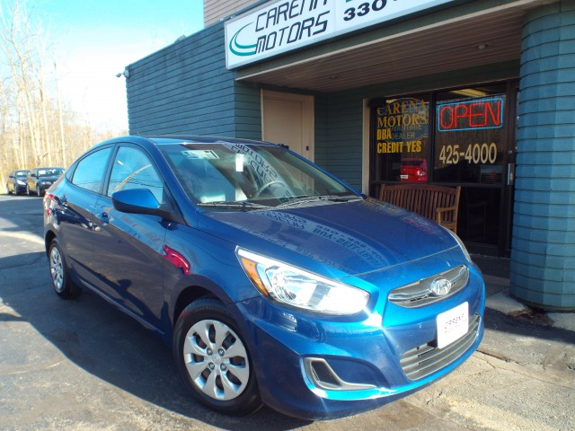 2015 HYUNDAI ACCENT for sale at Carena Motors