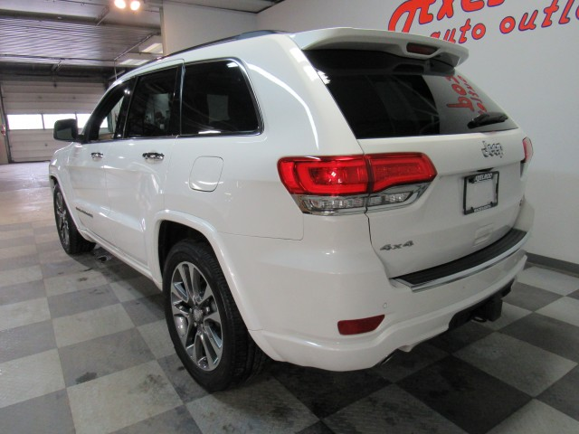 2018 Jeep Grand Cherokee Overland 4WD in Cleveland