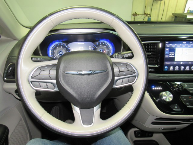 2019 Chrysler Pacifica Limited in Cleveland