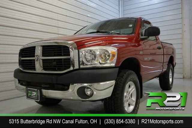 2005 FORD F-250 SD Lariat Crew Cab 4WD for sale at R21 Motorsports