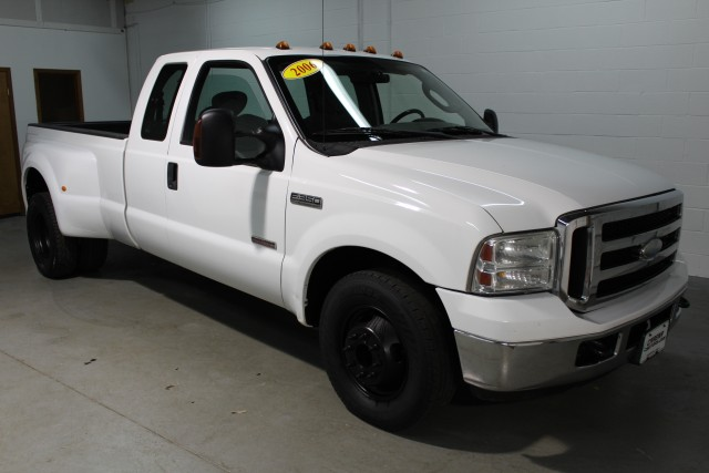 2006 FORD F350 SUPER DUTY for sale | Used Cars Twinsburg | Carena Motors